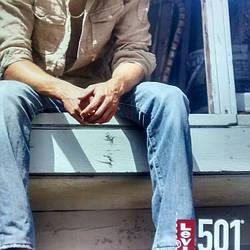 Подшив джинсов: а надо ли?