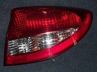 Фонарь задний правый седан 03-KiaRio2000-2006