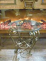 Стеклянный столик с кованными ножками