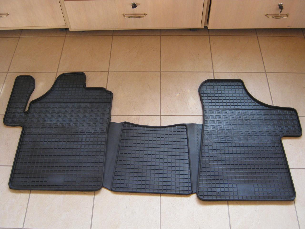 Килимки резинові Mercedes Vito W639 (передні к-т 3шт)