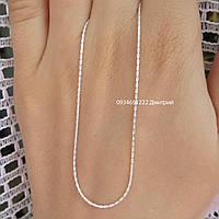 Тоненькая серебряная цепочка