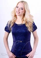 Женская блузка со вставками из гипюра