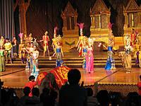 Представление в парке Нонг-Нуч, Паттайя, Таиланд. Фото наших туристов