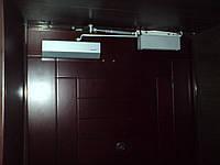 Установка магнитного замка на входной двери Киев
