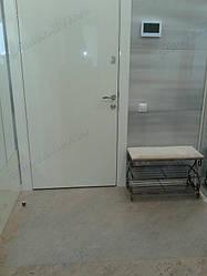 Установка защитного прозрачного ковра в помещении 13