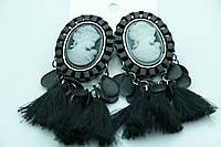 Оригинальные серьги с камеями. Женские серьги камеи с кисточками оптом. 366