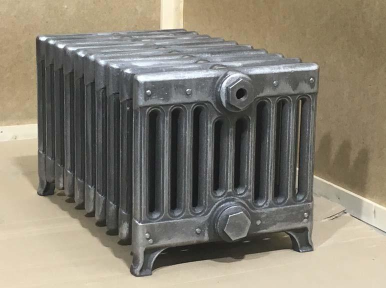 Чавунний радіатор BOLTON RETROstyle