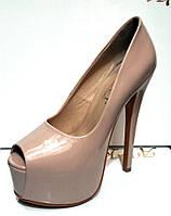 Туфли женские Лабутен Louboutin лаковые KF0193