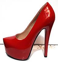 Туфли женские Лабутен Louboutin лаковые красные KF0195