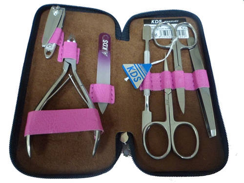 Розовый маникюрный набор из 7 предметов KDS 4-7105-pink Чехия