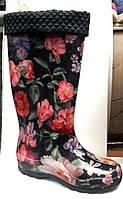 Женские резиновые сапоги высокие с утеплителем в цветы RS0015