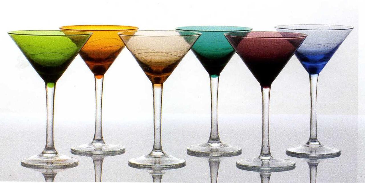 Набор цветных бокалов для мартини