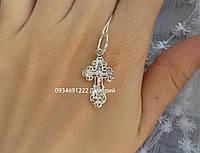 Маленький серебряный крестик