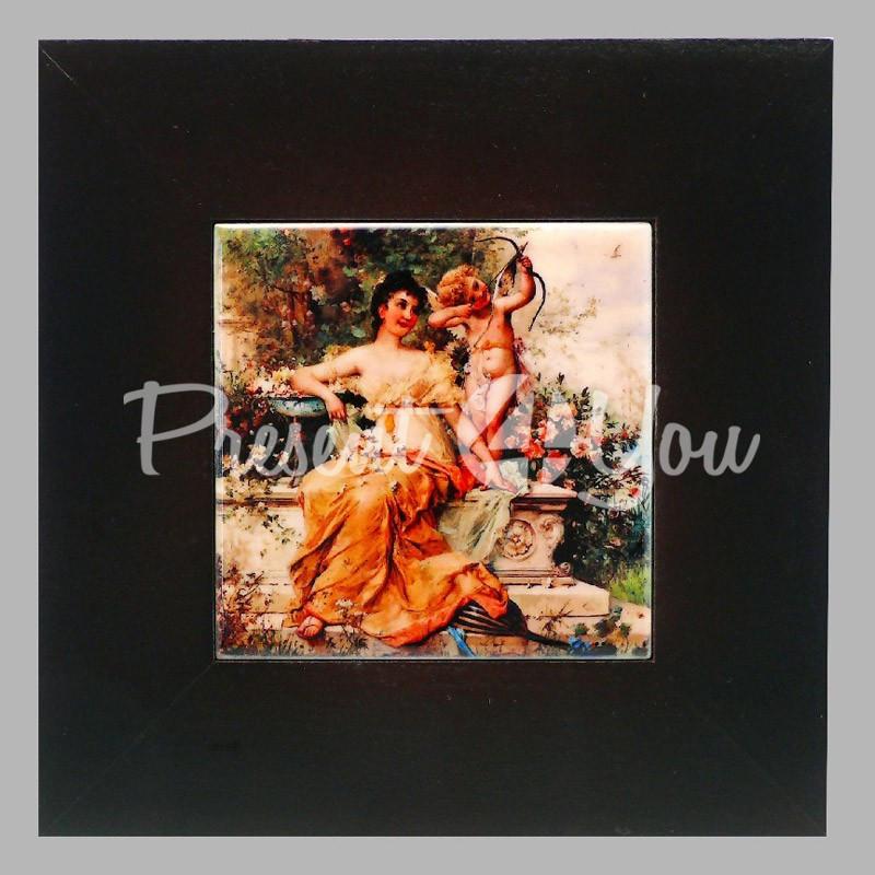 Панно настенное «Девушка с Амуром в парке», 10х10, 18х18 см.