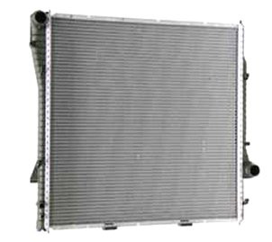 Радиатор охлаждения BMW X5 E53 2000- (3.0D 3.0i 4.4i АКП) 590*595мм по сотах KEMP