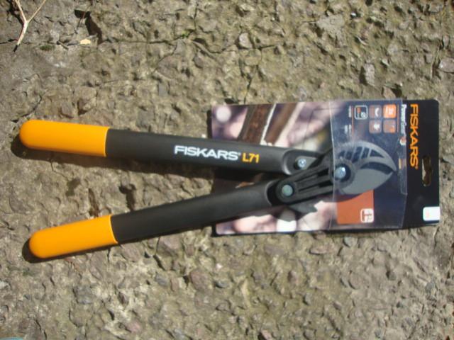 Сучкорез PowerGear™ контактный от Fiskars (S) (112180)