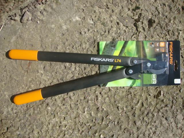 Сучкорез PowerGear™ плоскостной от Fiskars (M) (112290)