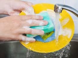 Жидкость для ручного мытья посуды