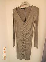 Приталенное  платье из серой шерсти с драпировкой Rebekka