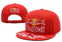 Кепка с прямым козырьком Red Bull красная