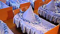Накидка треугольник на подушку для детского сада, атласная с рюшами (размер 60х60х8 см)