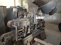 Закаточная машина под крышку Твист-офф линейного типа, Венгрия