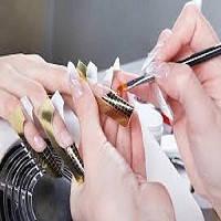 Коррекция нарощенных ногтей акрилом «аквариумный эффект»