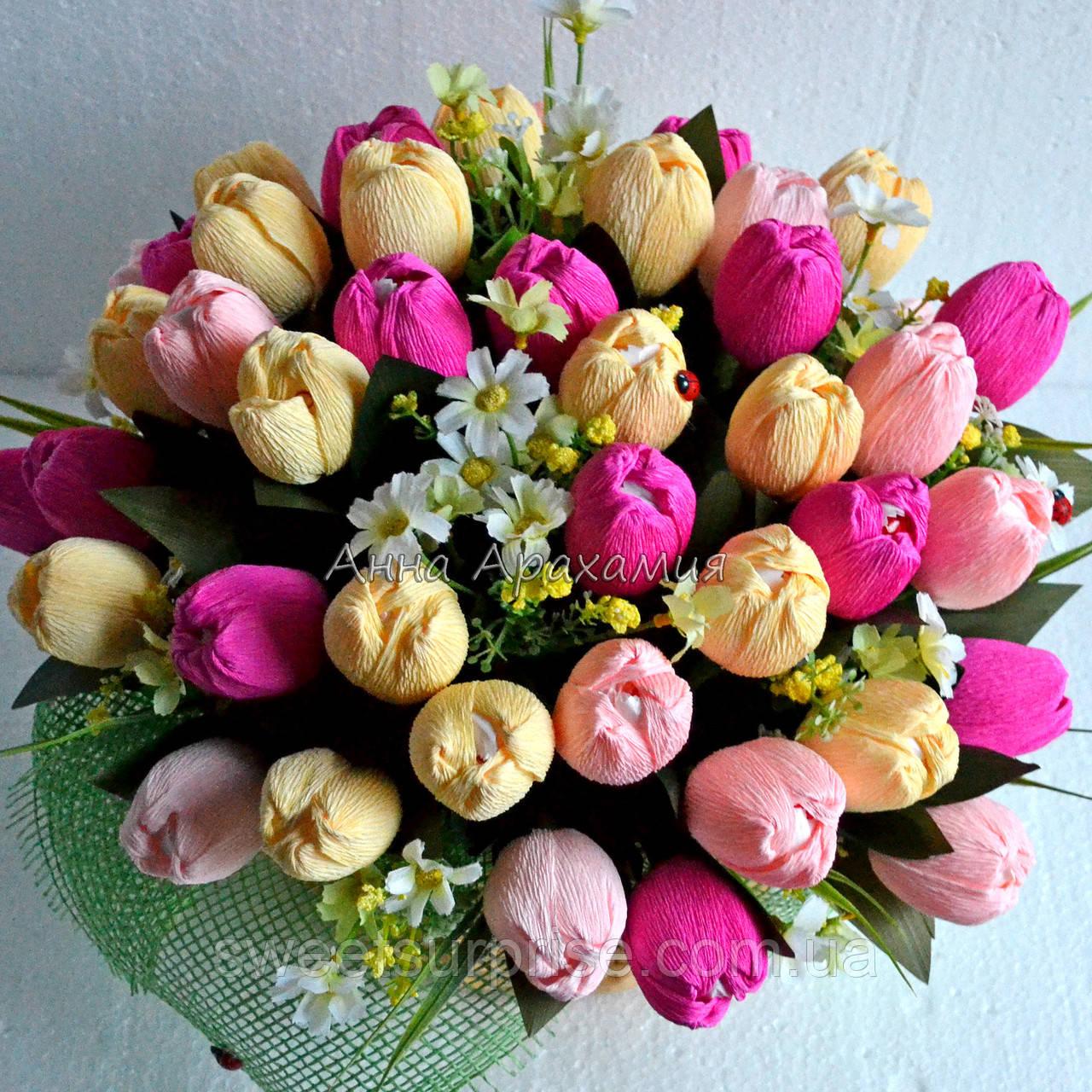 """Букет з цукерок """"Тюльпани до 8 березня"""""""