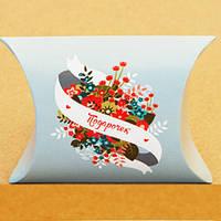 Подарочная коробка-пирожок М0002