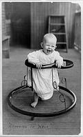 Влияние ходунков и памперсов на развитие детей.