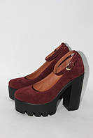 Женские туфли с ремешком из натурального замша на тракторной подошве и каблуке