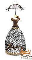 Подставка для украшений в виде женского платья