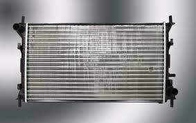 Радиатор охлаждения Ford Focus 1998-2004 (1.4-1.8 16V AC+) 600*358мм по сотах KEMP