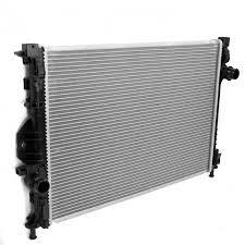Радиатор охлаждения Ford Focus 2007- (2.0 TDCi механика) 670*454мм по сотах KEMP