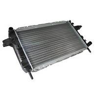 Радиатор охлаждения Ford Sierra 1987-1990 (1.8-2.0 OHC) 602*368мм по сотах