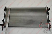 Радиатор охлаждения Ford Transit 2000-2006 (2.4 DI-TDCI механика) 770*389мм по сотах