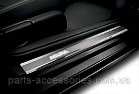 Накладки на дверные пороги с подсветкой Acura ILX 2013-14 новые оригинал