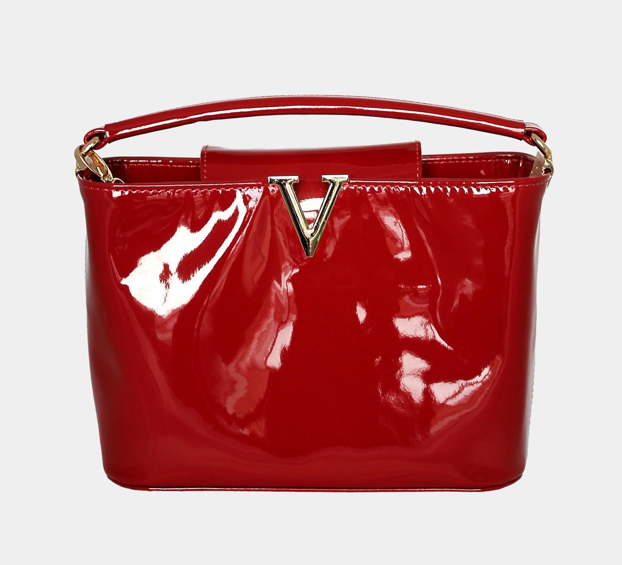 красная лаковая сумка из натуральной кожи