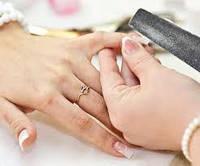 Коррекция формы нарощенных ногтей