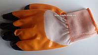 Перчатка оранжевая  латекс (черный палец)