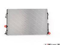 Радиатор VW Sharan Tiguan Seat Alhambra 1.4-1.8TSI 2.0 TDI 07->600*445 5N0121253F
