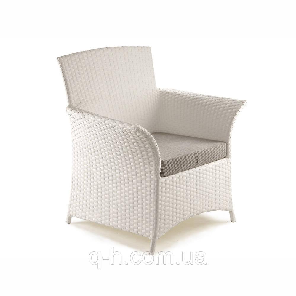 Плетеное кресло из искусственного ротанга patio 72x70x98 см