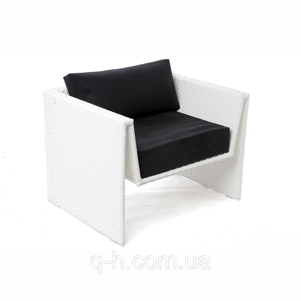 Кресло плетеное из искусственного ротанга origami 91x73x65 см