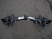 Поперечина передней подвески ВАЗ 2121