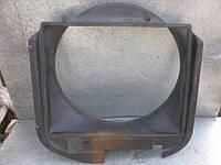 Диффузор радиатора A6315050255 б/у 2.4D, 2.3D на Mercedes-Benz MB100 год 1988-1992