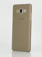 Серый пластиковый чехол для Samsung Galaxy A3