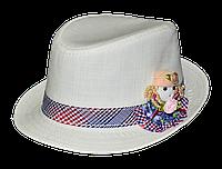 Шляпа детская челентанка нашивка куколка на белом