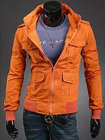 Стильная джинсовая куртка оранжевого цвета с карманами на кнопках
