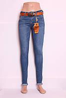Женские джинсы зауженные