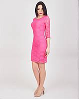 Облегающее женское платье модного фасона